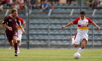 Michel Cruciani in azione con la maglia del Benevento