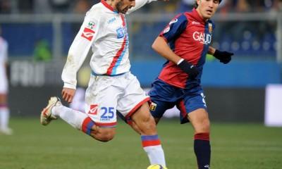 """""""El Malaka"""" Martinez, in azione contro il Genoa a Marassi"""